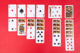 Easy Solitaire Games That You May Enjoy Playing