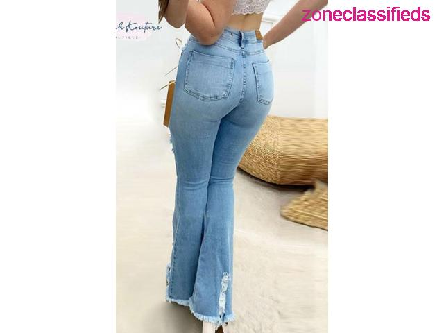 #BRE DISTRESSED BELL-BOTTOM JEANS# - 2/2