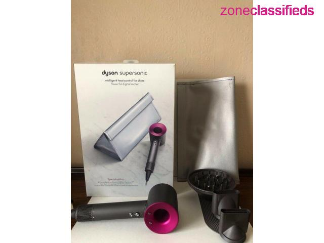 Dyson Airwrap and Hair dryer - 2/2