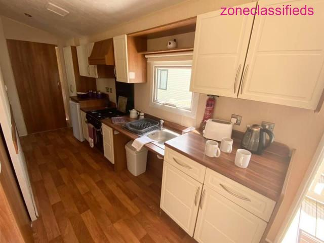 wheelchair friendly model with access decking - 3/7